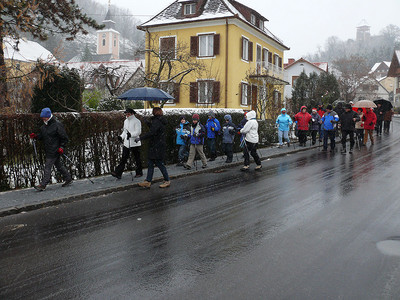 Many started walking from the Austrian city to the border
