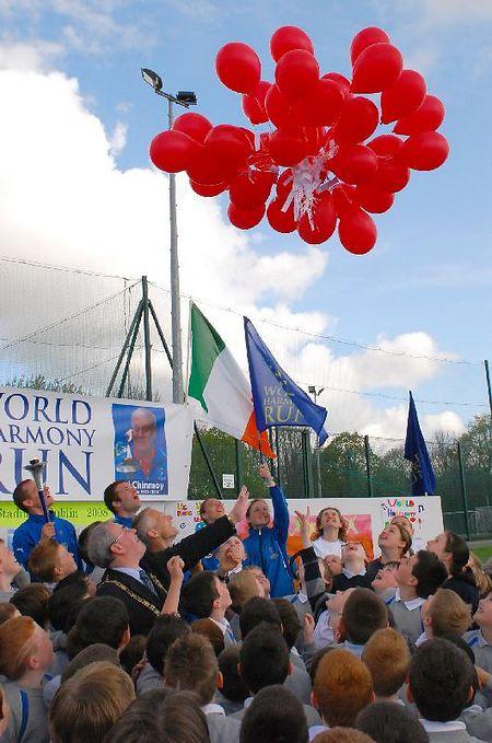 http://www.worldharmonyrun.org/images/ireland/news/2008/0502/0502_24.jpg