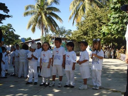 Mexico 24 november mazatlan world harmony run for Antorchas jardin